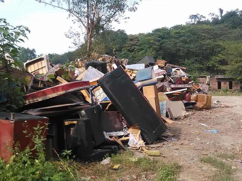 工厂废旧塑料制品破碎